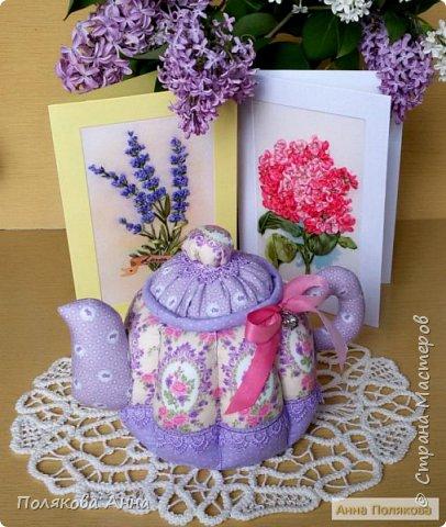 Уютный текстильный чайник станет замечательным подарком, послужит шкатулочкой для чайных пакетов, конфеток, бижутерии или других мелочей, а также может быть необычной упаковкой для небольшого подарка. фото 8
