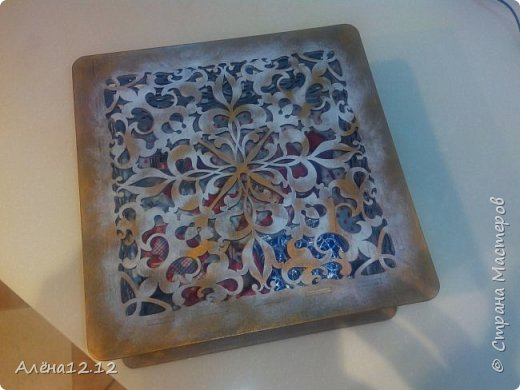 Заснеженная шкатулка для ёлочных украшений фото 1