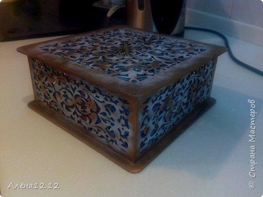 Заснеженная шкатулка для ёлочных украшений фото 2