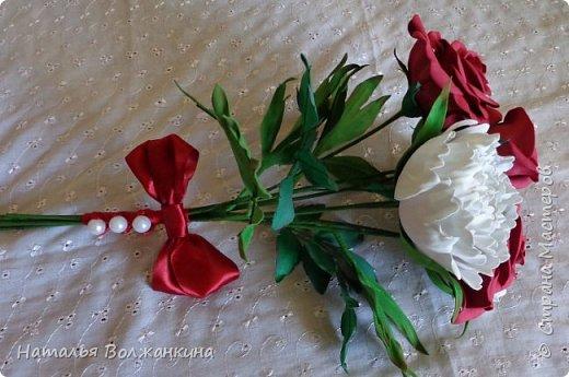 Букет роз и пионов фото 2