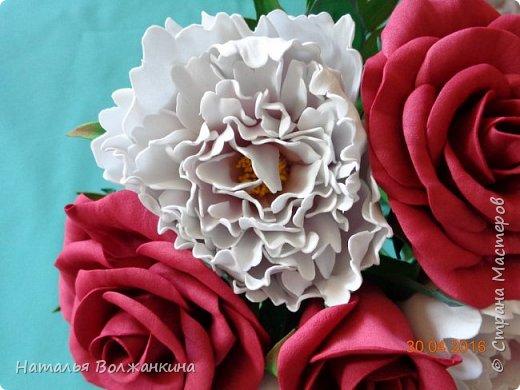 Букет роз и пионов фото 3