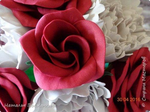 Букет роз и пионов фото 5