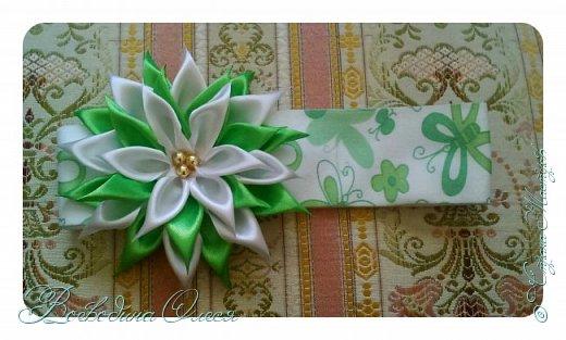 Добрый день, вот такие повязочки я сделала для племяшки. 1-я роза по МК Людмилы, не устаю ее благодарить за этот МК. Людочка, спасибо большое розочки получаются чудесные. http://stranamasterov.ru/node/713487?c=favorite  фото 5