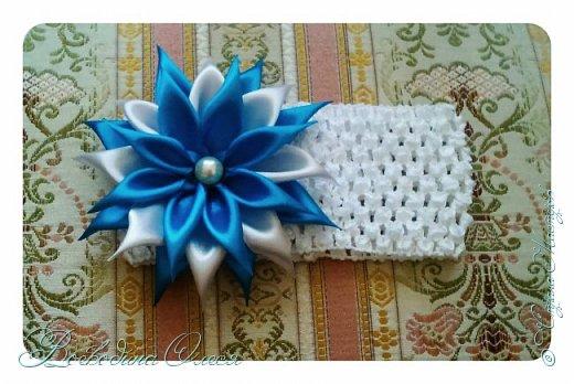 Добрый день, вот такие повязочки я сделала для племяшки. 1-я роза по МК Людмилы, не устаю ее благодарить за этот МК. Людочка, спасибо большое розочки получаются чудесные. http://stranamasterov.ru/node/713487?c=favorite  фото 4