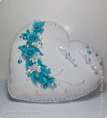 Добрый день, уважаемые коллеги. Представляю Вашему вниманию новую работу - свадебный набор аксессуаров в цвете тиффани, хотя на фото получился голубой. фото 6