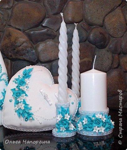 Добрый день, уважаемые коллеги. Представляю Вашему вниманию новую работу - свадебный набор аксессуаров в цвете тиффани, хотя на фото получился голубой. фото 1