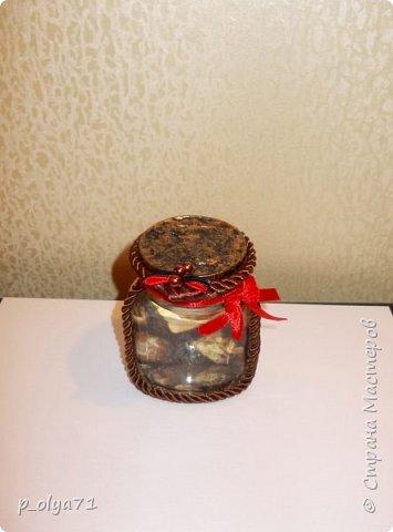 Здравствуйте!!  Думала,за бутылочки пока не возьмусь,но... нужно было сделать подарок,нашлась банка кофе...ну а уж салфетки,само собой,припасены)) А т.к. я не люблю делать по одной,набралось вот)) фото 11