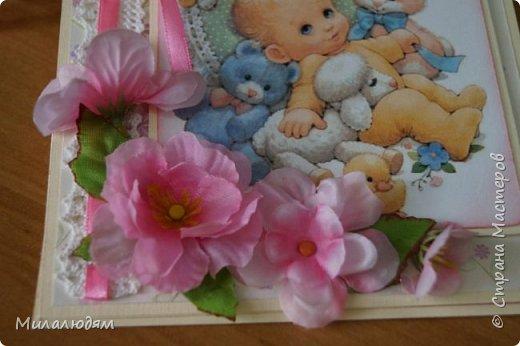 Всем здравствуйте! Продолжаю выкладывать апрельские работы. Две открытки на рождения малышей. У нас в коллективе бум на малышей, кто сам рожает, у кого внуки рождаются. фото 5