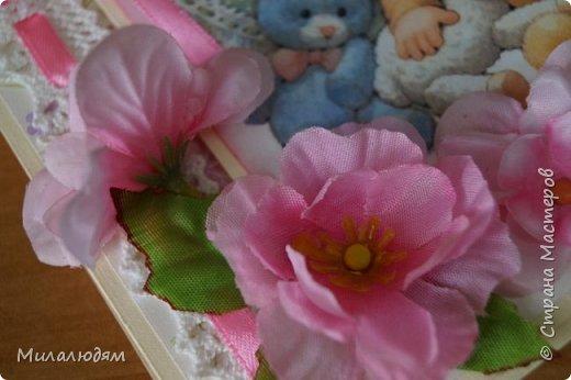 Всем здравствуйте! Продолжаю выкладывать апрельские работы. Две открытки на рождения малышей. У нас в коллективе бум на малышей, кто сам рожает, у кого внуки рождаются. фото 3