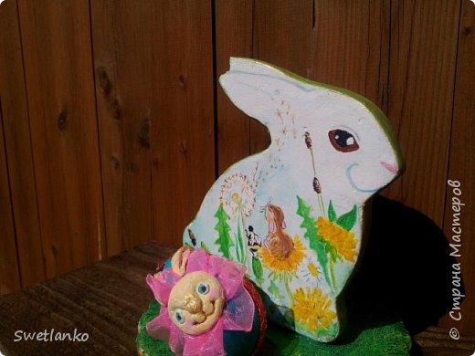 Весна на исходе, а я к вам со своими запоздалыми работами. Фотограф из меня никудышный, ну уж как получилось:-)   Вот такая поставка для пасхальных яиц, повторюшка идеи http://stranamasterov.ru/node/580950. фото 2