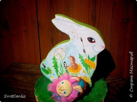 Весна на исходе, а я к вам со своими запоздалыми работами. Фотограф из меня никудышный, ну уж как получилось:-)   Вот такая поставка для пасхальных яиц, повторюшка идеи http://stranamasterov.ru/node/580950. фото 1