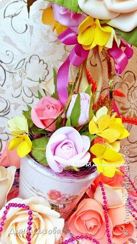 Топиарий. Все цветы ручной работы из фоамирана. фото 3