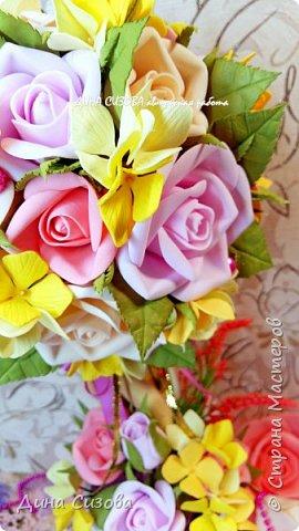 Топиарий. Все цветы ручной работы из фоамирана. фото 4