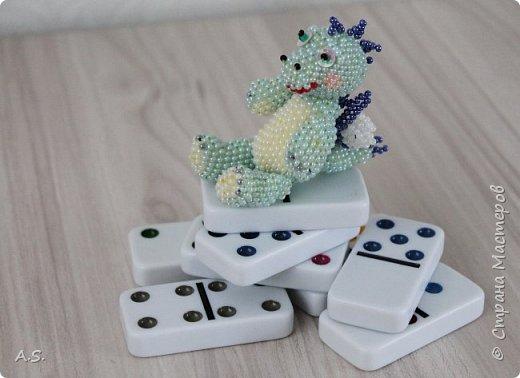 Сплёлся у меня дракончик для сына. По мастер классу от замечательной мастерицы Бригантины http://stranamasterov.ru/node/268451?c=favorite  фото 3