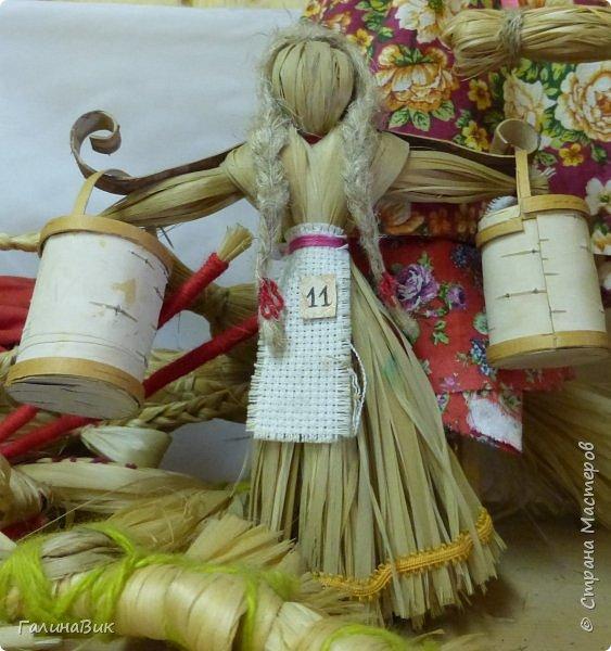 У наших предков было огромное разнообразие игр и игрушек: деревянные, глиняные, тряпичные, лычные, берестяные игрушки служили зачастую и как помощники в делах и жизни. Музей, расположенный в Измайловском Кремле, представляет разные виды народного творчества и наследия. В нем объединены подлинные предметы и творения народных мастеров: старинные народные музыкальные инструменты, предметы быта и утвари, народная одежда, собрание игр и игрушек, уголок народного театра. фото 16
