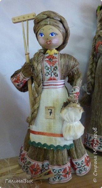 У наших предков было огромное разнообразие игр и игрушек: деревянные, глиняные, тряпичные, лычные, берестяные игрушки служили зачастую и как помощники в делах и жизни. Музей, расположенный в Измайловском Кремле, представляет разные виды народного творчества и наследия. В нем объединены подлинные предметы и творения народных мастеров: старинные народные музыкальные инструменты, предметы быта и утвари, народная одежда, собрание игр и игрушек, уголок народного театра. фото 13