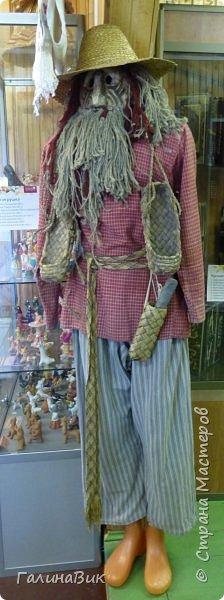 У наших предков было огромное разнообразие игр и игрушек: деревянные, глиняные, тряпичные, лычные, берестяные игрушки служили зачастую и как помощники в делах и жизни. Музей, расположенный в Измайловском Кремле, представляет разные виды народного творчества и наследия. В нем объединены подлинные предметы и творения народных мастеров: старинные народные музыкальные инструменты, предметы быта и утвари, народная одежда, собрание игр и игрушек, уголок народного театра. фото 36