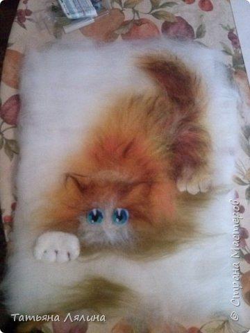 Давненько не работала с шерстью, под настроение родился вот такой забавный котик фото 3