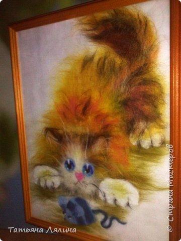 Давненько не работала с шерстью, под настроение родился вот такой забавный котик фото 5