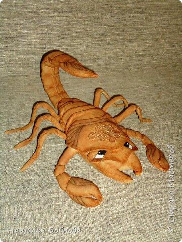 Давно хотела сшить такого скорпиона в технике грунтованный текстиль по м.к. Анастасии Голеневой)) фото 2