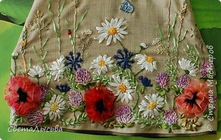 Здравствуйте все! Насмотрелась на работы Светы Хачиной https://stranamasterov.ru/node/916008 и решила к осеннему балу для девочек сшить платья да чтобы все в цветах были! фото 5