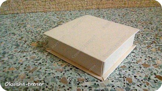 Коробочка на 6 штучек шоколада фото 7