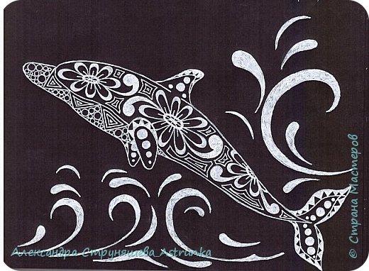 Рисование в стиле зенарт, зентангл, картины в стиле дудлинг и мандалы – все это не только необычные техники рисования, это еще и целая Вселенная, скрытая художником в переплетениях замысловатых узоров! Не устояла и я))) Узоры рисуются гелевыми или капиллярными ручками, обычно черного цвета, но можно и разноцветными...  фото 11