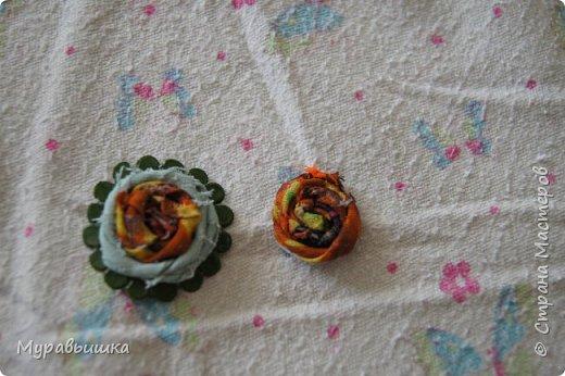 Хочу поучаствовать в конфетке http://stranamasterov.ru/node/1020991?c=favorite Сделала я цветочки по МК КсюИв http://stranamasterov.ru/user/81108 Это резинка для волос фото 3