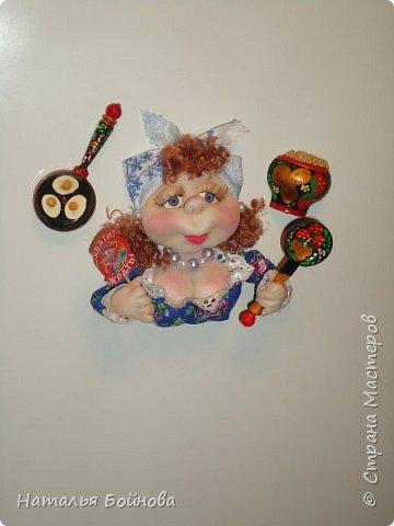 Магнит на холодильник - текстильная кукла фото 2