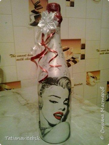 Люблю делать сюрпризы! Салфеточка  мне нравится, бутылочка для знакомой, для хорошего настроения. фото 1