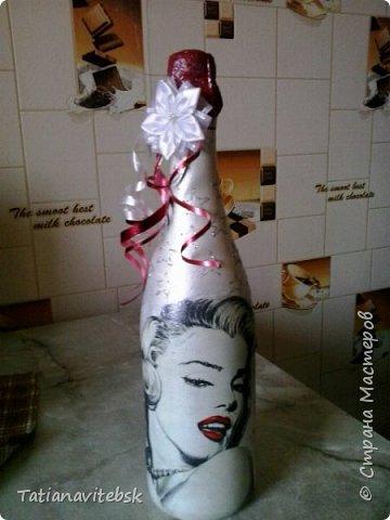 Люблю делать сюрпризы! Салфеточка  мне нравится, бутылочка для знакомой, для хорошего настроения. фото 2