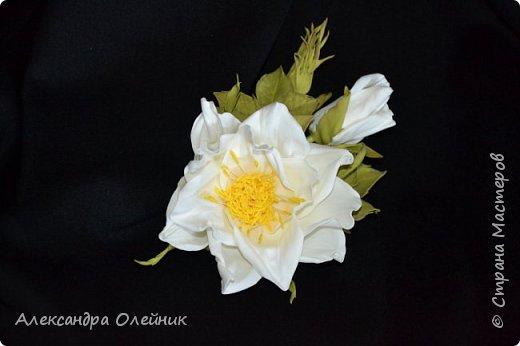 Здравствуйте уважаемые рукодельницы и гости моего блога! Заглянула я в магазин рукоделия и увидела там чудесные цветы из фоамирана и решила сотворить что нибудь подобное, а на сколько у меня это получилось решать вам! Ободочек из одуванчиков делала впервые.  фото 5