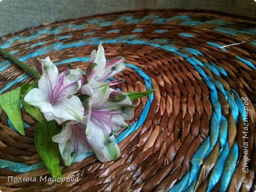 Добрый вечер, дорогие друзья!  Хочу показать Вам последнюю свою работу: плетеный стол. Я влюблена в него!  фото 2