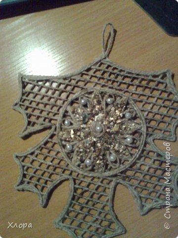 Такое вот панно с элементами джутовой филиграни подарила на День учителя любимой снохе. фото 11