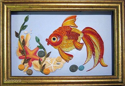 Выполнить данную работу меня,увы, подтолкнуло несчастье. Тяжело заболела моя подруга, она рыбка по знаку зодиака. Я решила попробовать немножко поднять ей настроение и к её дню рождения сделать Золотую рыбку для исполнения желаний. Рыбка Saphir меня к этому подтолкнула. http://stranamasterov.ru/node/500948 - это ссылка на её замечательную работу. фото 16