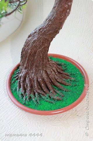 Дерево сделано из искусственны веточек фото 3