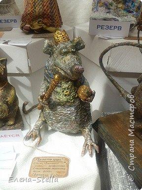 Друзья приглашаю вас в Питер на выставку кукол и мишек тедди!  Сразу скажу, что я не знаю имена всех мастеров  работы которых вы увидите, но я надеюсь, что вам будет интересно пройти по выставке вместе со мной - полюбоваться и зарядиться вдохновением и хорошим настроением! Итак мы у входа - На Большой Морской 38! фото 45