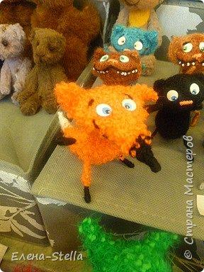 Друзья приглашаю вас в Питер на выставку кукол и мишек тедди!  Сразу скажу, что я не знаю имена всех мастеров  работы которых вы увидите, но я надеюсь, что вам будет интересно пройти по выставке вместе со мной - полюбоваться и зарядиться вдохновением и хорошим настроением! Итак мы у входа - На Большой Морской 38! фото 20