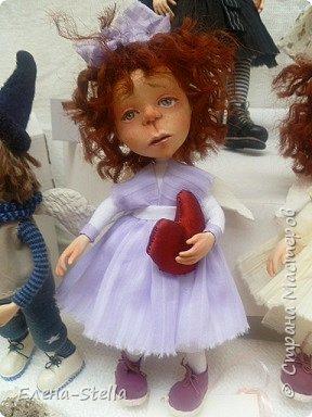 Друзья приглашаю вас в Питер на выставку кукол и мишек тедди!  Сразу скажу, что я не знаю имена всех мастеров  работы которых вы увидите, но я надеюсь, что вам будет интересно пройти по выставке вместе со мной - полюбоваться и зарядиться вдохновением и хорошим настроением! Итак мы у входа - На Большой Морской 38! фото 24