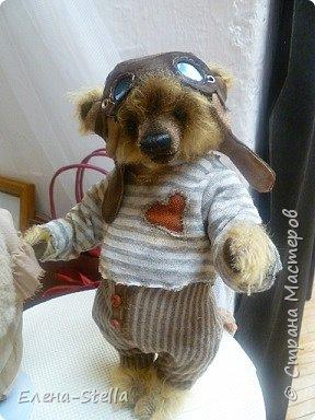 Друзья приглашаю вас в Питер на выставку кукол и мишек тедди!  Сразу скажу, что я не знаю имена всех мастеров  работы которых вы увидите, но я надеюсь, что вам будет интересно пройти по выставке вместе со мной - полюбоваться и зарядиться вдохновением и хорошим настроением! Итак мы у входа - На Большой Морской 38! фото 9