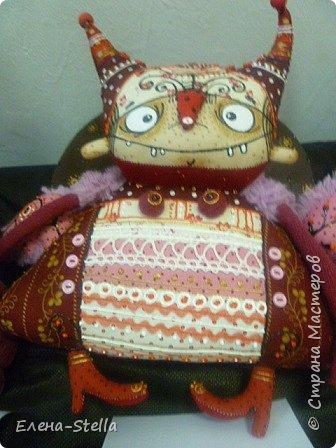 Друзья приглашаю вас в Питер на выставку кукол и мишек тедди!  Сразу скажу, что я не знаю имена всех мастеров  работы которых вы увидите, но я надеюсь, что вам будет интересно пройти по выставке вместе со мной - полюбоваться и зарядиться вдохновением и хорошим настроением! Итак мы у входа - На Большой Морской 38! фото 46