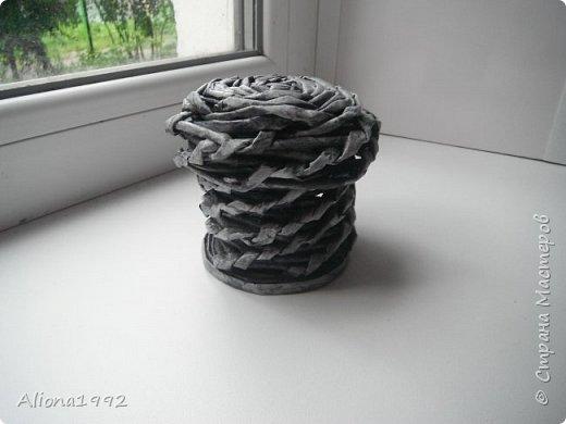 Мини-шкатулка с первой пробой крышечки. фото 1