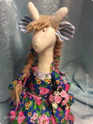 крупная высокая русскоговорящая Розита-жирафа на чайник. Цвет платья лучше всего передан на первой фотографии.  фото 3