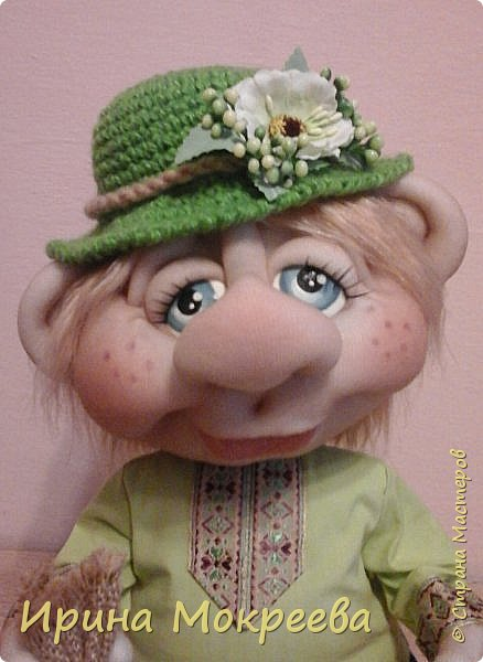 Эта кукла будет образцом для моих учеников,с которыми мы начнём сегодня делать домового ,который сидит. фото 4