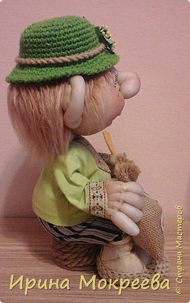 Эта кукла будет образцом для моих учеников,с которыми мы начнём сегодня делать домового ,который сидит. фото 3