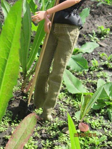 К лету пора готовиться. Мы начали почему-то с садового инвентаря. Наверное потому, что его легко делать) фото 4