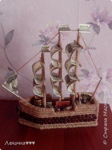 Корабль из кофе и шпагата,коктельных трубочек фото 1