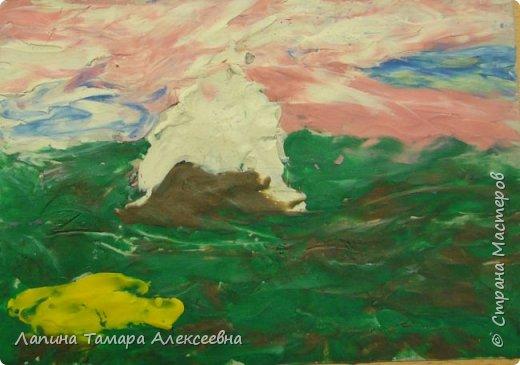 Это мои первогодки-художницы. Представляю, уважаемые гости, вашему вниманию пластилиновую живопись. Первая работа, первый опыт. фото 5