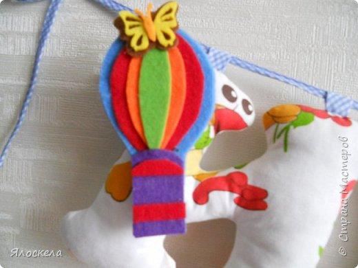 К дню рождения внука приготовила вот такой подарок для украшения детской ( материал бязь, косая бейка, фетр) фото 3