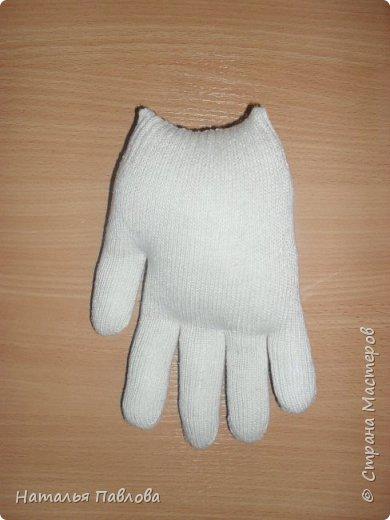 Кошечка из обыкновенной хозяйственной перчатки-простая и дешевая игрушка для ребенка фото 4